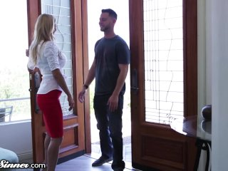 Cheating MILF Showerd in Cum by Young Neighbor