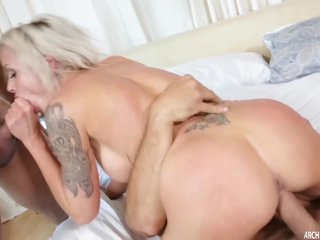 Nina Elle fucked hard in a threeway