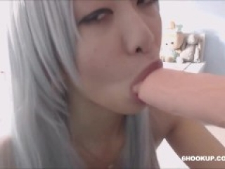 hot asian cosplay babe fuck her tight pussy with dildo